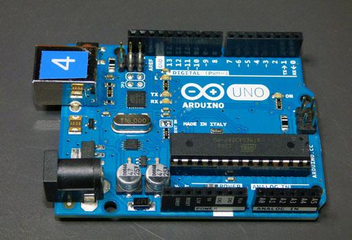 Scratch y Arduino en nuestros talleres de robótica
